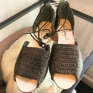 Free People Olive Beaumont Woven Flat 40